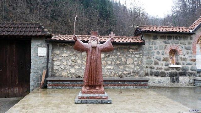 Zanimljivosti o manastiru Rača